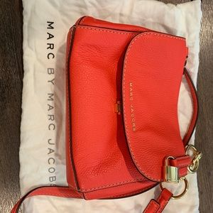 Marc Jacobs crossbody bag - geranium